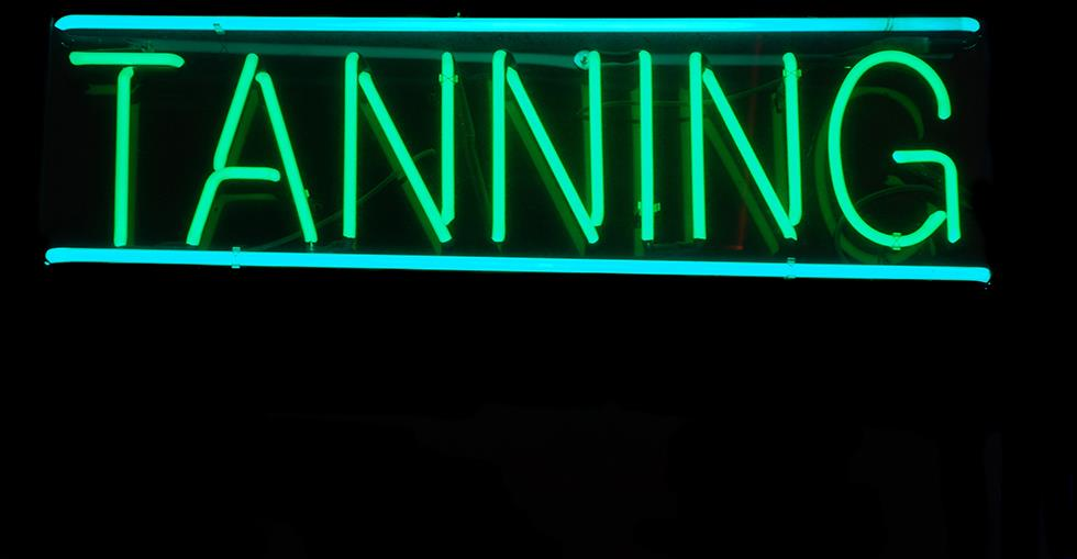 Could You Run a Tanning Salon? 5 Questions to Ask Yourself