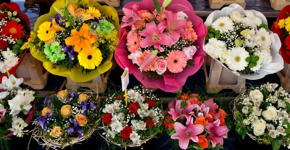 How to start a flower shop online