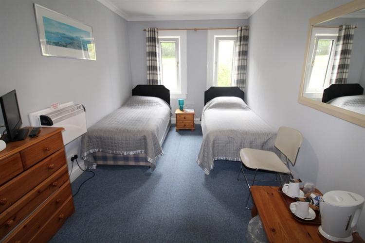 substantial 12-bedroom hotel lochcarron - 8