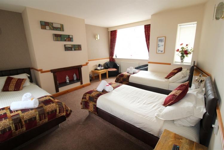 outstanding inn the popular - 8