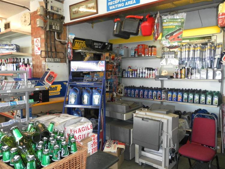 freehold petrol mot station - 12