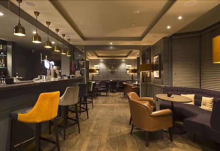 contemporary function dining venue - 4
