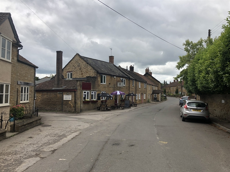 delightful traditional freehouse located - 7