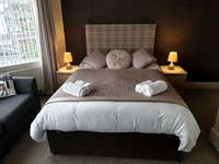 fantastic guest house opportunity - 2