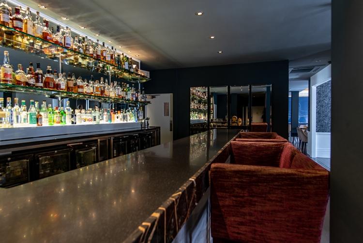 excellent restaurant opportunity edinburgh - 5