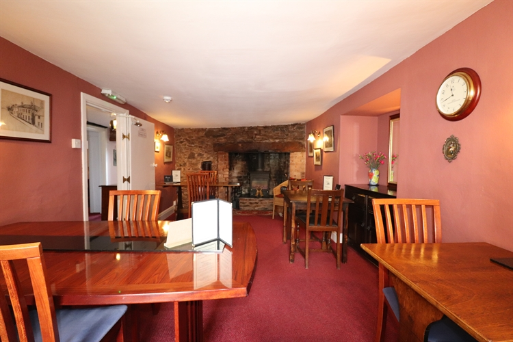 thatched cottage bed breakfast - 4