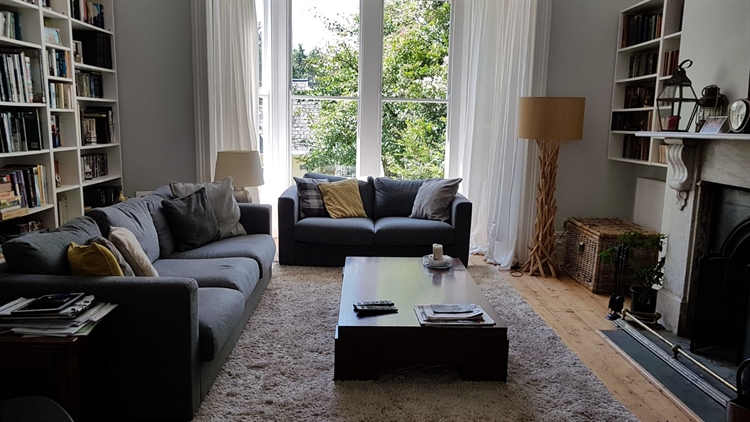 beautifully refurbished presented guest - 7