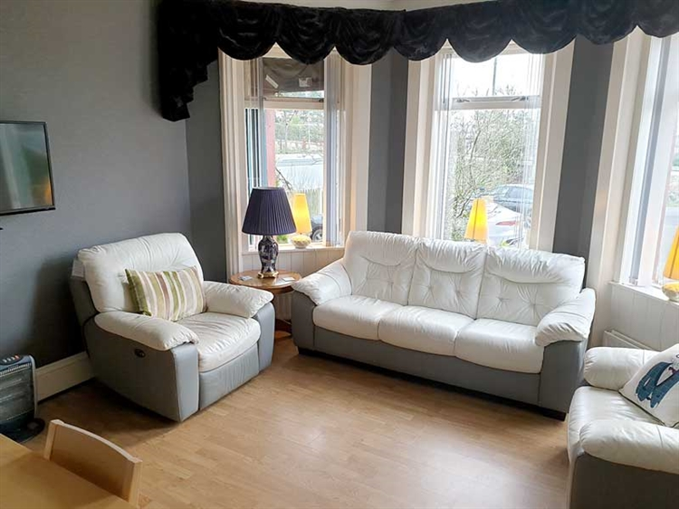 fantastic guest house opportunity - 9