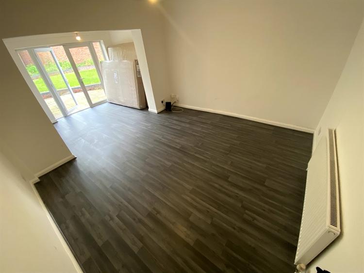 freehold garage bedroom acc - 6