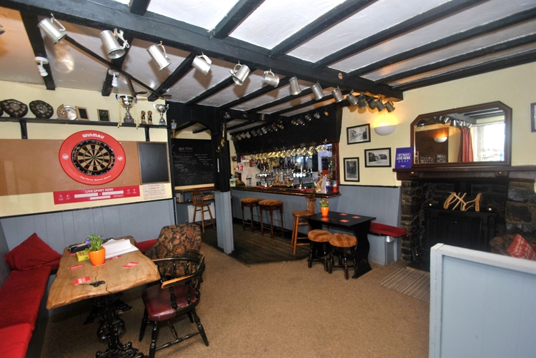traditional village coaching inn - 7