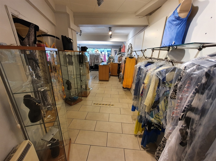 high street clothing boutique - 5