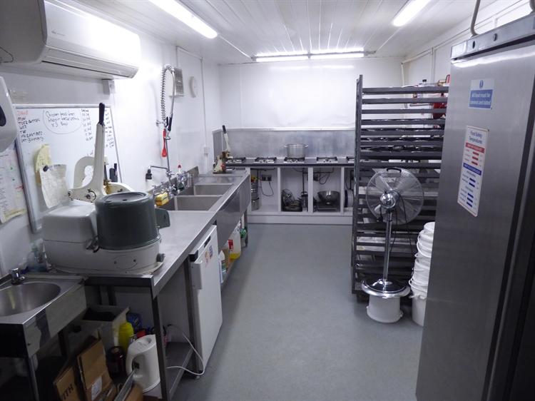 sandwich bar cafe bakery - 6
