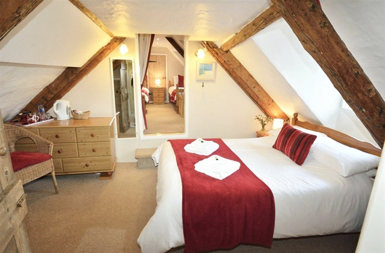 thatched cottage bed breakfast - 9