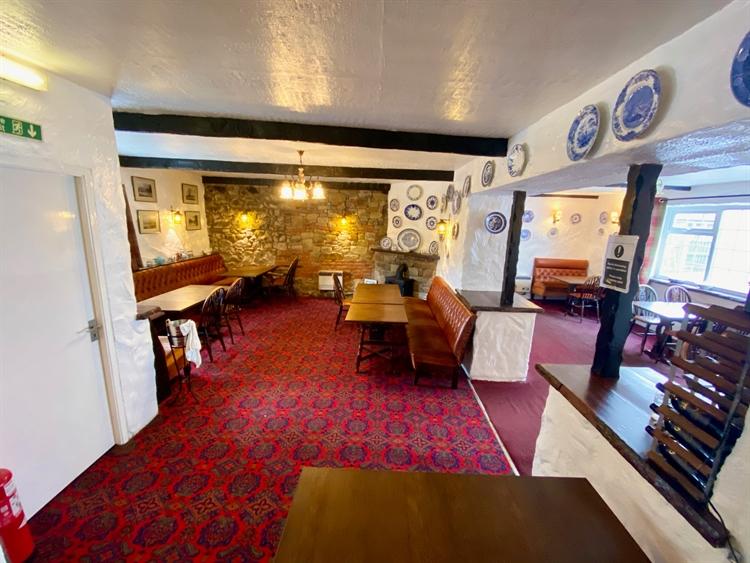 village pub restaurant near - 4