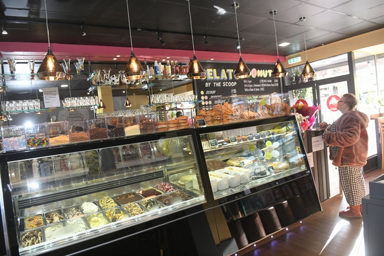 gelato-cafe-delicatessen-waffle lounge for sale - 9