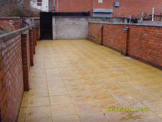 freehold six bedroom hmo - 14