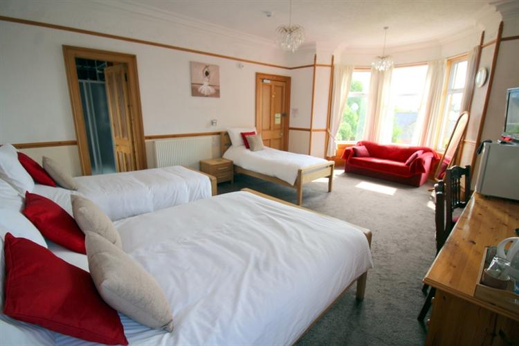 charming 5-bedroom bed breakfast - 5
