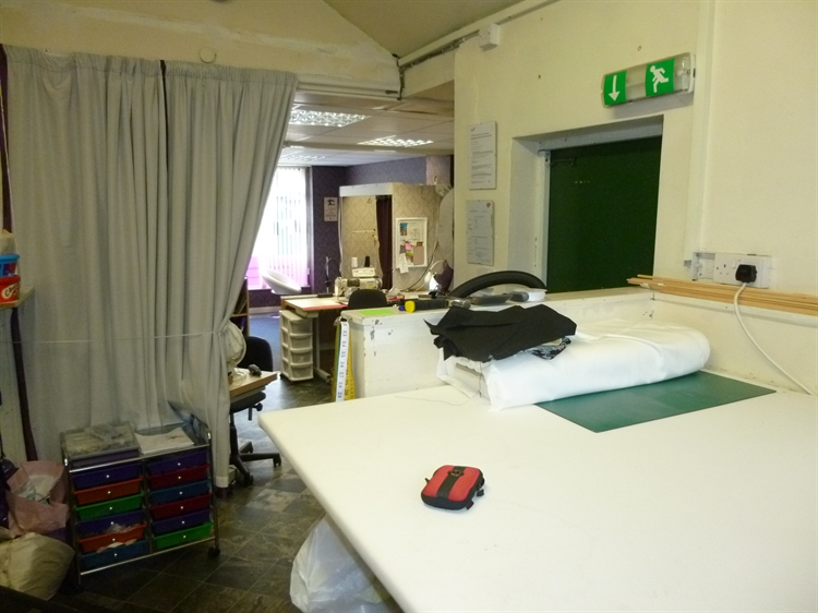 clothing alteration business yeadon - 13