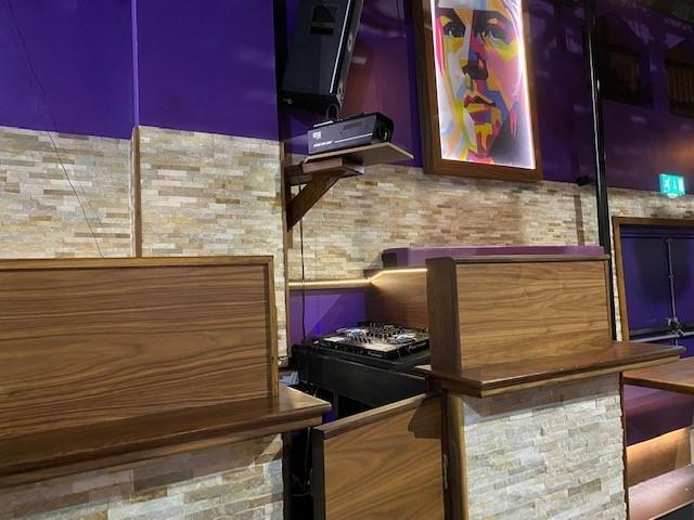 leasehold bar music venue - 9