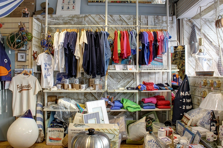 yacht chandlery outdoor clothing - 5