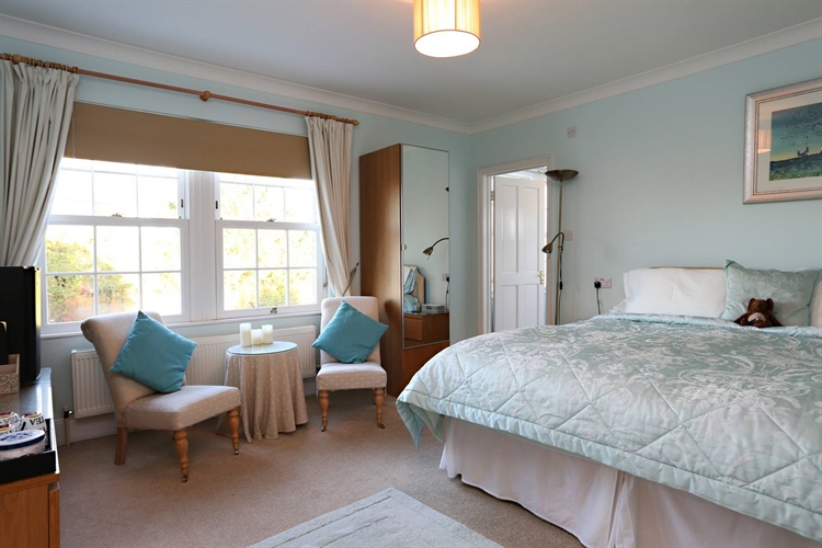outstanding house award-winning bed - 6