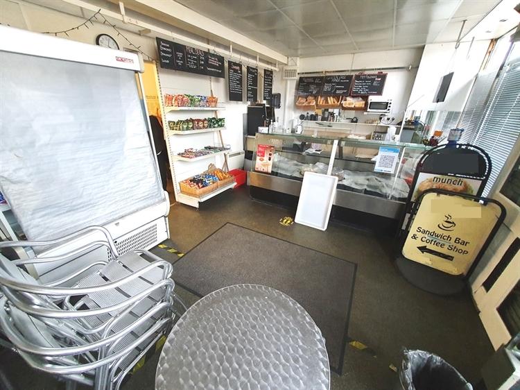 a3 a1 sandwich café - 7