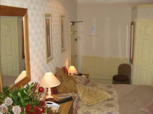 guest house located plymouth - 4