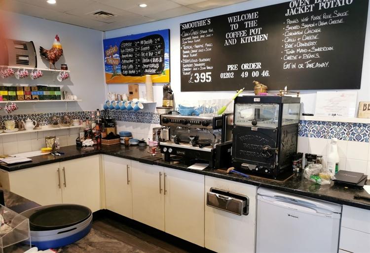 profitable independent café - 4