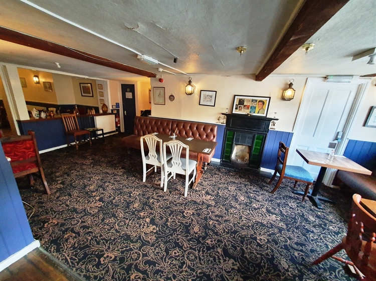 freeoftiepublic house with five-bed - 12