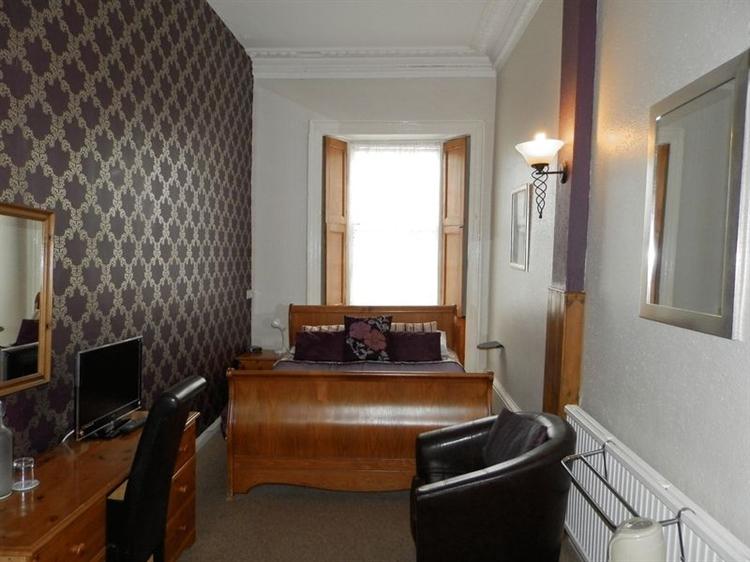 large 10 bedroom 4 - 6