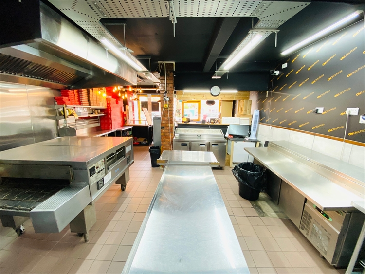 quality pizza takeaway business - 5