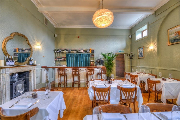 cafe bar bistro oxfordshire - 2