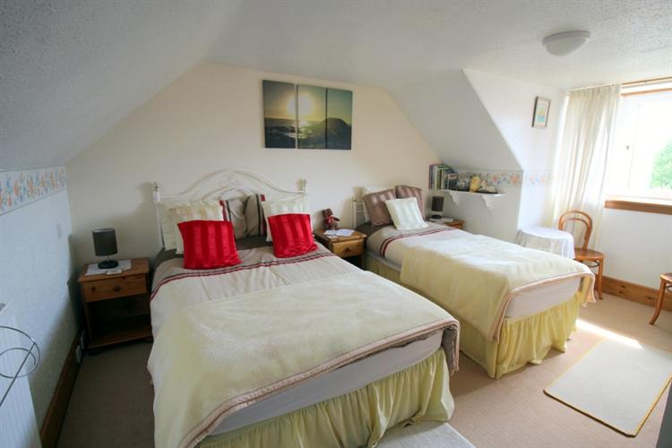 charming 5-bedroom bed breakfast - 11
