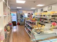 fudge confectionary shop established - 1