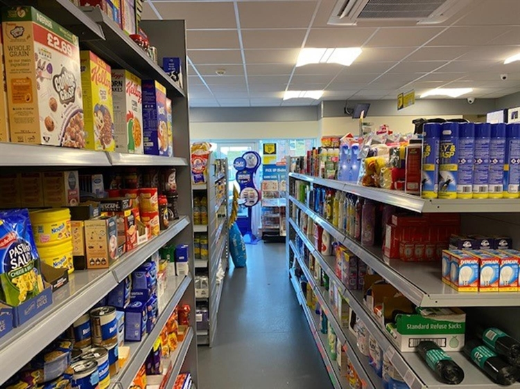 leasehold convenience store off - 9
