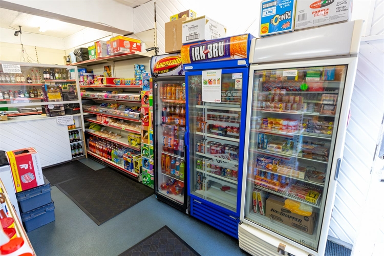busy leasehold newsagents convenience - 5