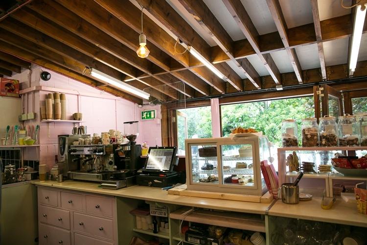thriving park cafe franchise - 4