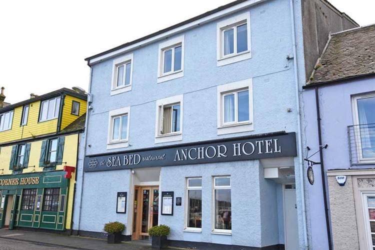outstanding harbour facing hotel - 13