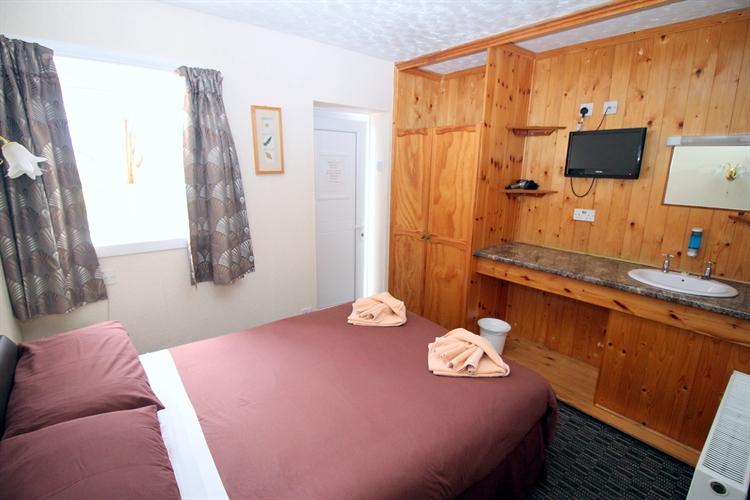 excellent 10-bedroom motel restaurant - 11