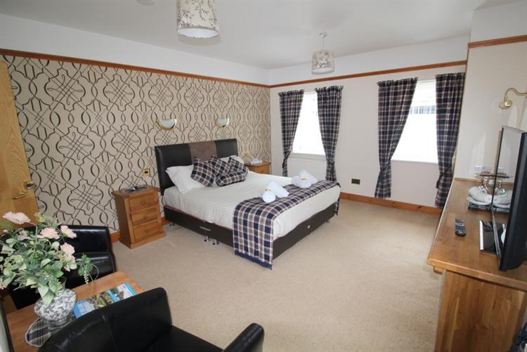outstanding inn the popular - 7