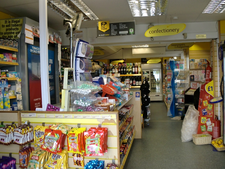 freehold convenience store flat - 5