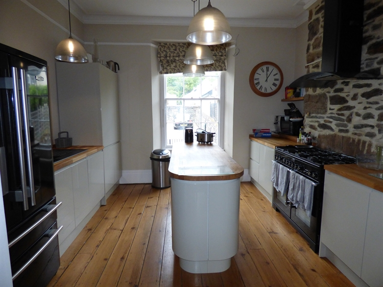 substantial grade ii listed - 4