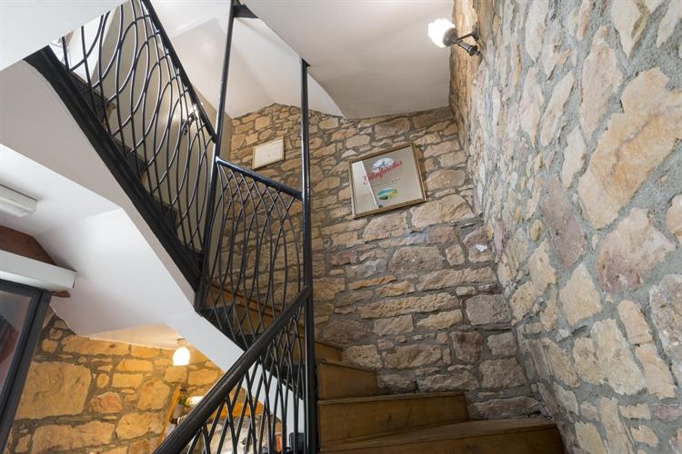 outstanding historic castle hotel - 6