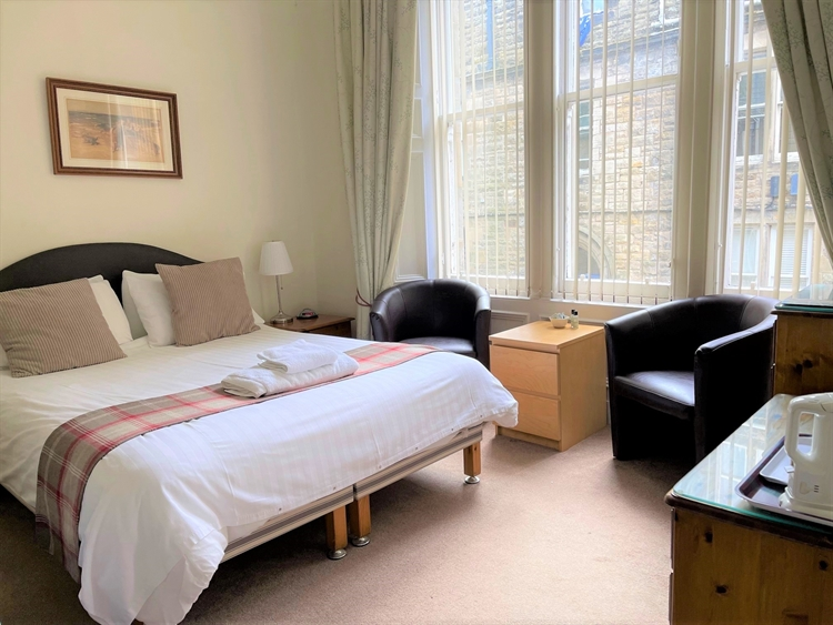 substantial guesthouse prime st - 4