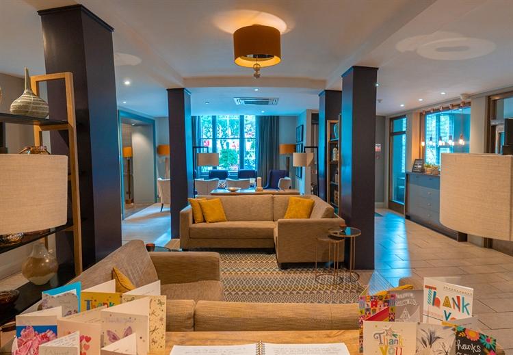 contemporary function dining venue - 8