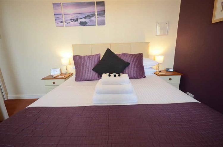 profitable guest house torquay - 5