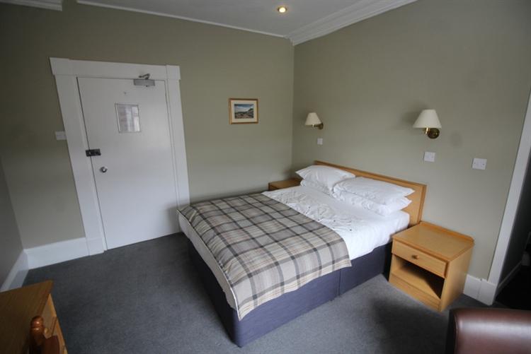 profitable thirty four bedroom - 9