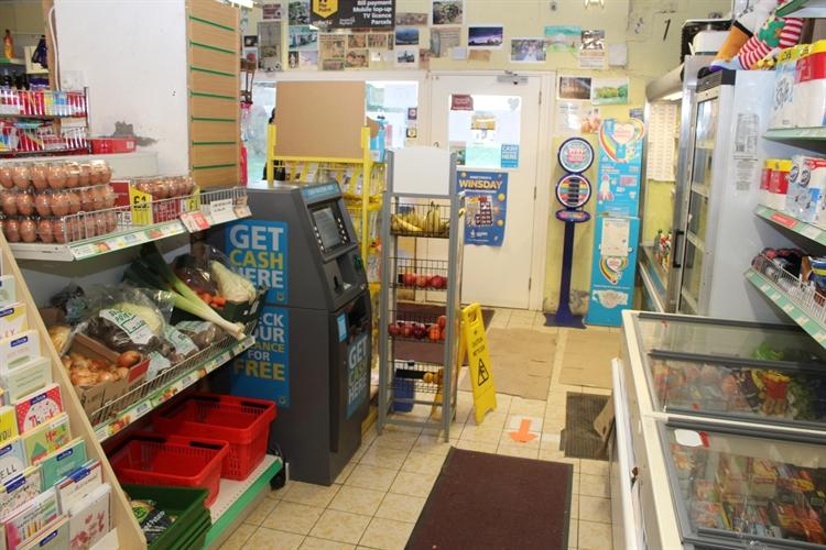 licensed convenience store set - 8