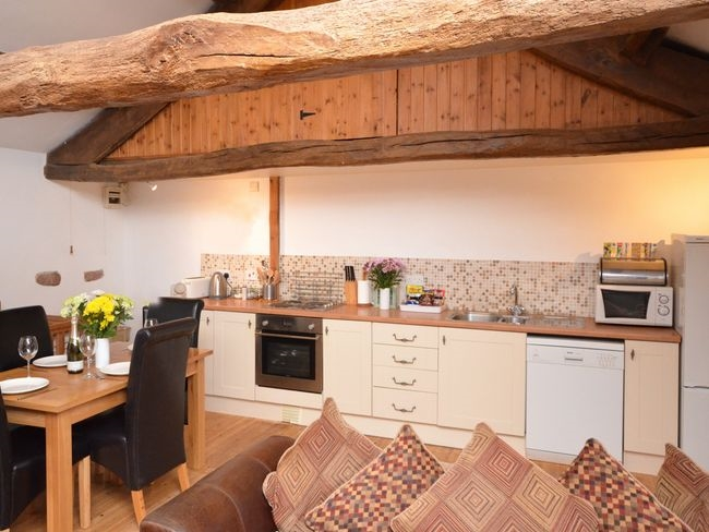 adaptable holiday cottage business - 11