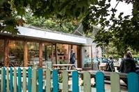 thriving park cafe franchise - 1